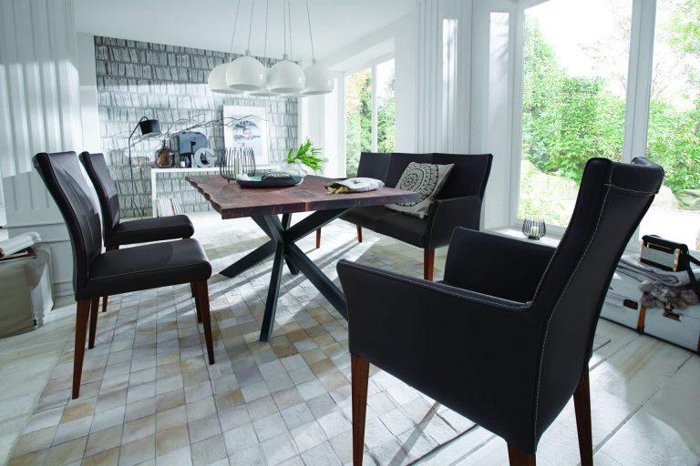 Stuhl- und Sitzbankserie APIA von tiado